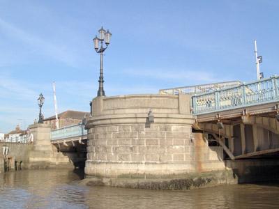 Haven Bridge modern