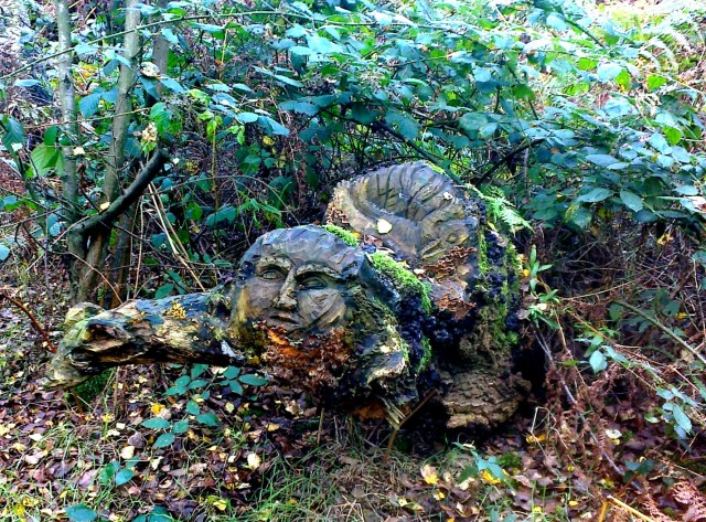 Tree Carving at Gunton Lane, Costessey