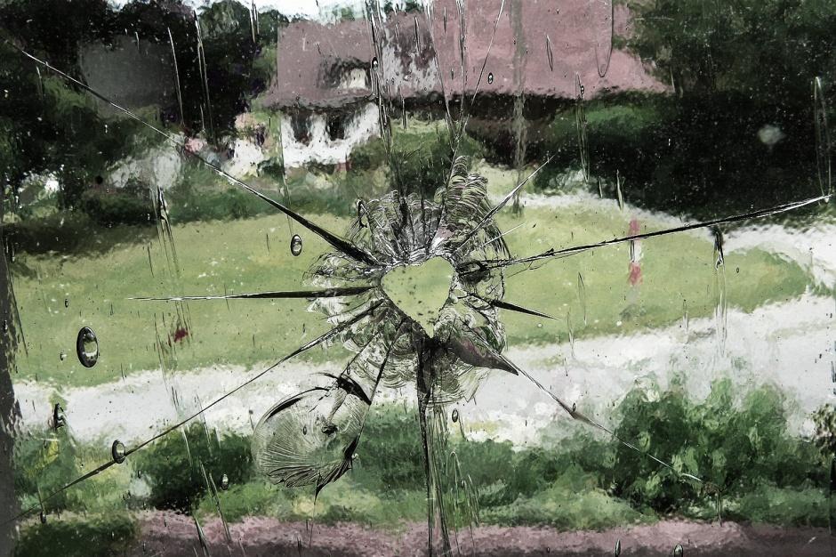 broken glass by gere