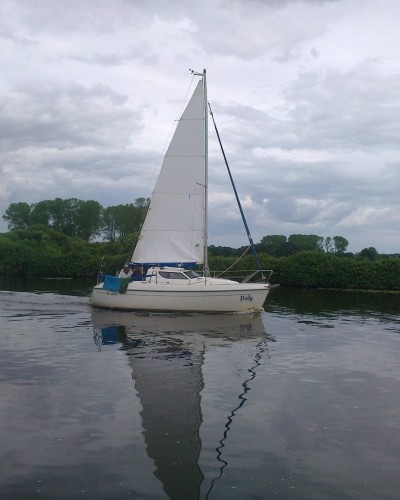 Yacht_on_the_Yare